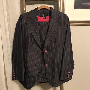 Etcetera Suit, size 8 pants & 10 blazer w hot pink